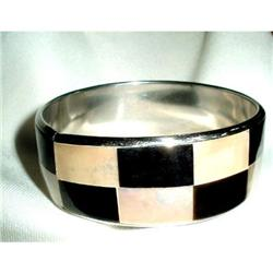 Bangle 1960's MOP Lucite Enamelled Silvertone #2376094