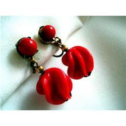 Art Deco Red Swirled Glass Drop Earrings #2376109