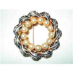 Spanish Damascene Wreath Brooch (Toledo Ware) #2376111