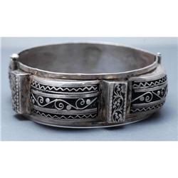 Ornate  Egyptian Silver Hingled Bangle Bracelet#2378208