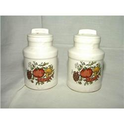 Spice of Life Salt and Pepper Stoneware #2359850