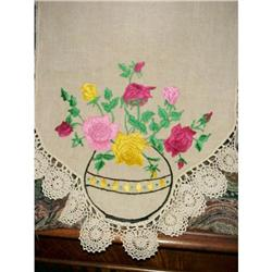 ARTS & CRAFTS HAND EMBROIDEREY RUNNER #2379651
