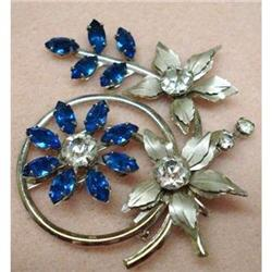 LOVELY BLUE/CLEAR RHINESTONE BROOCH  #2379704