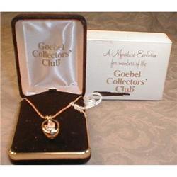 Hummel NECKLACE Pendant COLLECTORS Club - BOXED#2380070