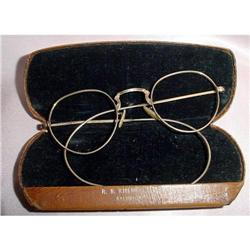 Eyeware wired frames/case #2380421