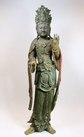 A BEAUTIFUL CHING DYNASTY SCULPTURE OF QUANYI
