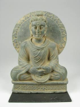 A SUPERB GANDHARAN SCHIST SCULPTURE OF BUDDHA