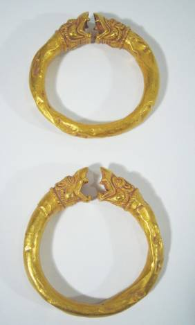 TWO OUTSTANDING GANDHARAN GOLD ARM BANDS, c.2