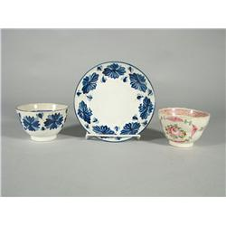 Three pieces of early English soft paste,