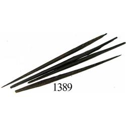 Lot of 4 straight steel needles.