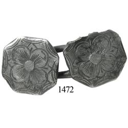 Engraved silver cufflink, octagonal shape.