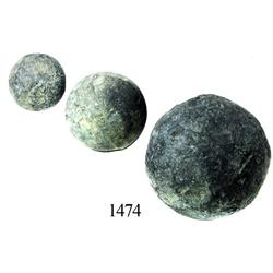 Lot of 3 large lead cannonballs(?).