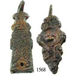 Lot of 2 small bronze pendants.