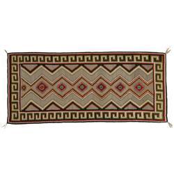Navajo Weaving. Teec Nos Pos.