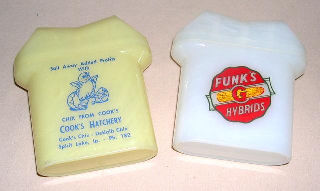 (2) Farm Advertising S&P Shakers--Funks G Hybrids & Cooks