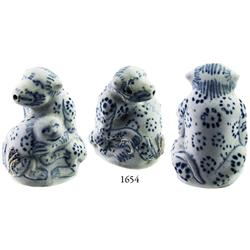 Annamese blue-on-white porcelain monkey statuette (dropper).