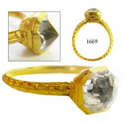 Gold ring with aquamarine(?).