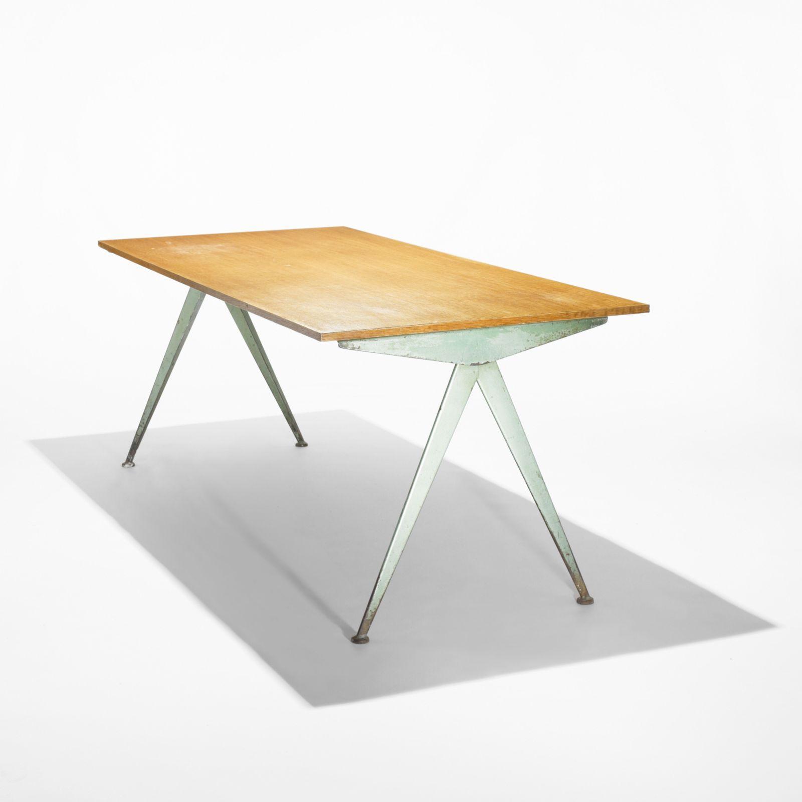 Audacieuse Jean Prouvé Compass table DA-18
