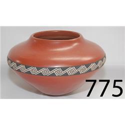 SANTA CLARA POTTERY JAR