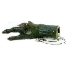 Outlander Moorwen Hero Animatronic Monster Claw Movie Props