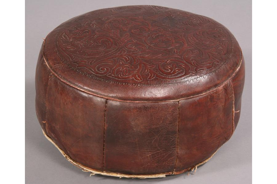Awesome Vintage Round Leather Ottoman Beatyapartments Chair Design Images Beatyapartmentscom