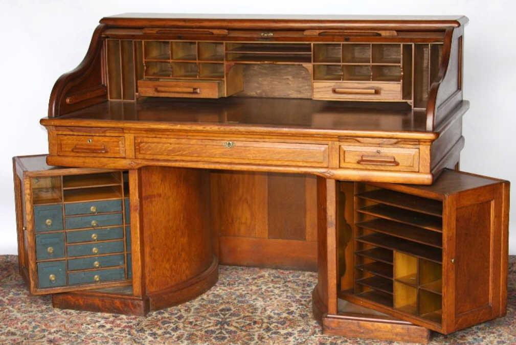 Wooton Oak Roll Top Desk With Rotary Sides