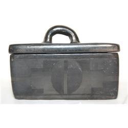SANTA CLARA POTTERY BOX