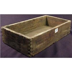 ANTIQUE PAWNEE BILL WILD WEST SHOW STORAGE BOX - M