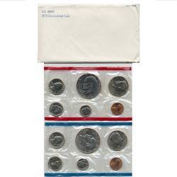 1975 US Coin Original Mint Set GEM Potential (COI-2375)