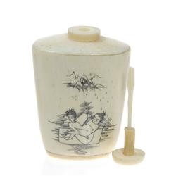 Kamasutra Chinese Bone Snuff Bottle (ANT-281)
