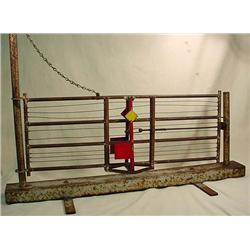 VINTAGE WORKING FENCE GATE MODEL - MADE FOR A US P