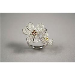 A Ladies 14kt. White Gold, Canary and Champagne Diamond Ring in Flower Form,
