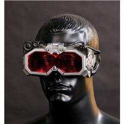 Hero illuminating infrared goggles from Hollow Man