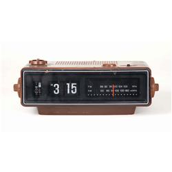 """Iconic prop flip number alarm clock showing """"3:15AM"""" from The Amityville Horror"""