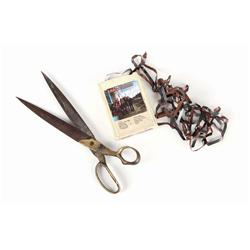"""Andrew Bryniarski """"Leatherface"""" scissors from The Texas Chainsaw Massacre: The Beginning"""