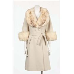 "Fergie white ""Lily Anne"" coat from Glamorous video"