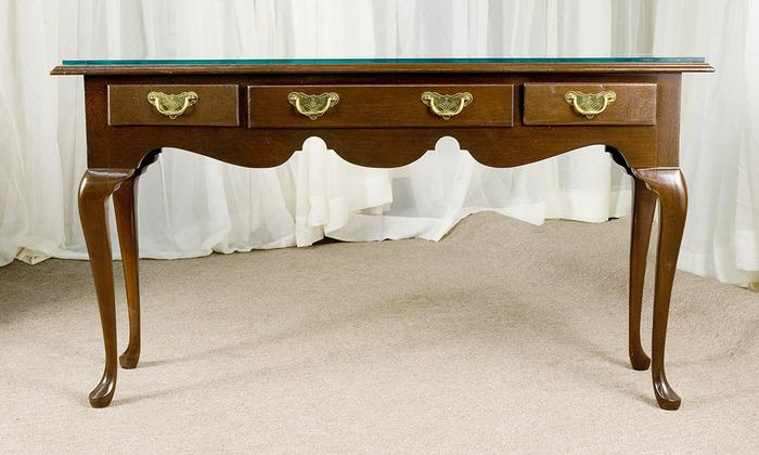 Early American Style Console Table With Glass Top