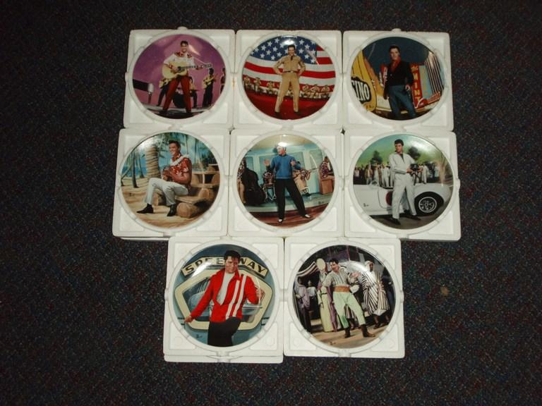 Set of 8 plates Elvis on the Big screen by Bruce Emmett COA