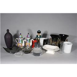 A Collection of Miscellaneous Decorative Items.