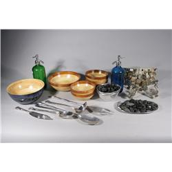 A Group of Miscellaneous Decorative Items.