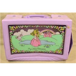 PRECIOUS MOMENTS DOLL CARRYING CASE