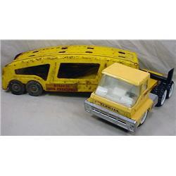 VINTAGE STRUCTO TURBINE TRUCK AND CAR HAULER