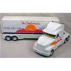 NYLINT MR GOODWRENCH TRUCK AND TRAILER