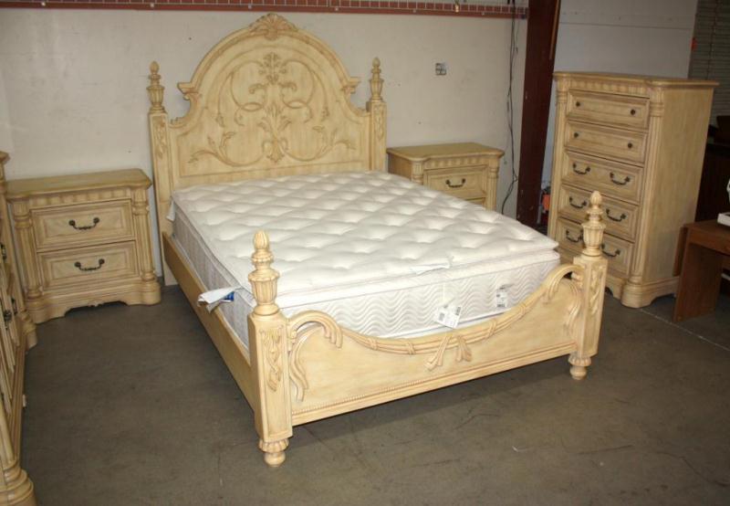chris madden bedroom furniture bedford bedroom furniture rh table skygold co