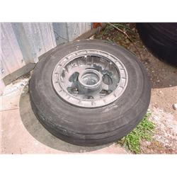 Tires with rims for Albatross