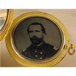 CIVIL WAR ERA LOCKET W/ TINTYPE PHOTO OF SOLDIER I