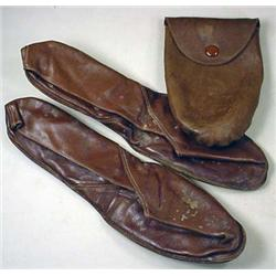 PAIR OF 2 C. 1910 FOOTGLUV SLIPPERS IN ORIGINAL PO