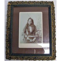 ANTIQUE FRAMED CABINET CARD PHOTO OF NATIVE AMERIC
