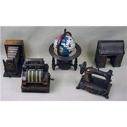 LOT OF 5 FIGURAL PENCIL SHARPENERS - Incl. Globe,
