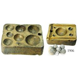 Bronze musketball mold (rare) with 7 lead musketballs.